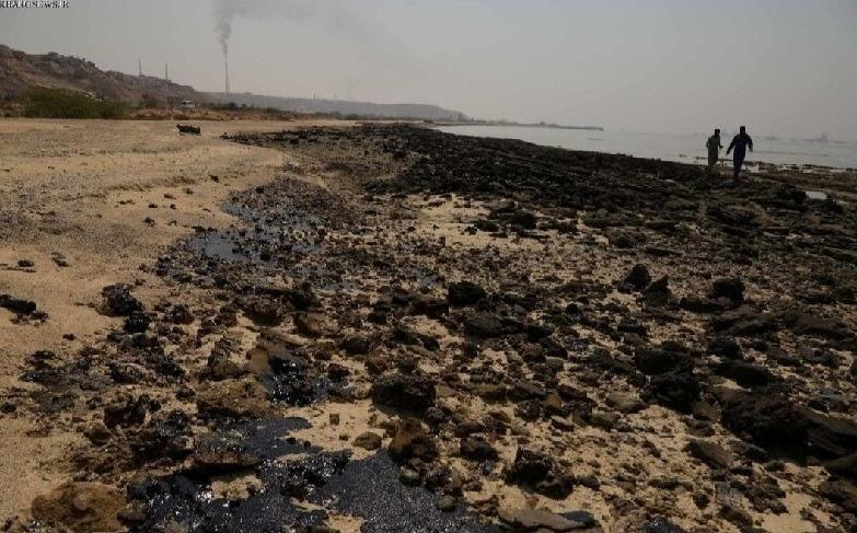 پیشروی آلودگیهای نفتی در خلیجفارس
