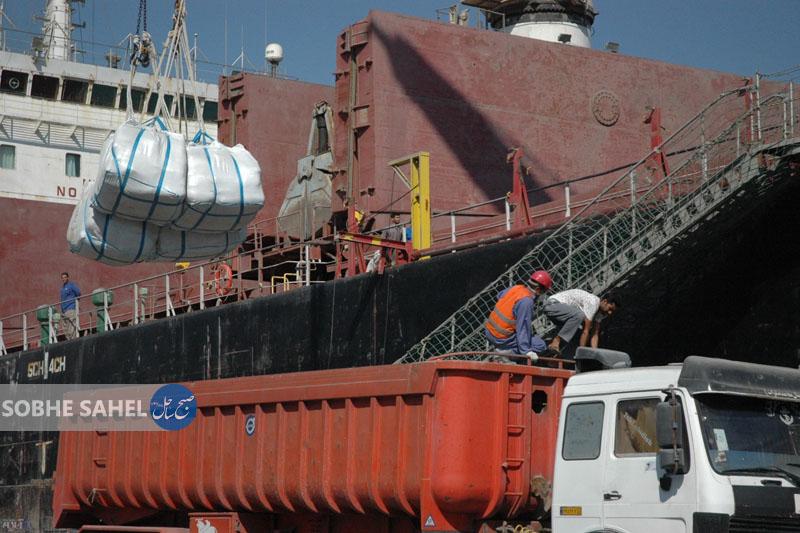 صادرات مواد معدنی در برزخ عوارض25 درصدی