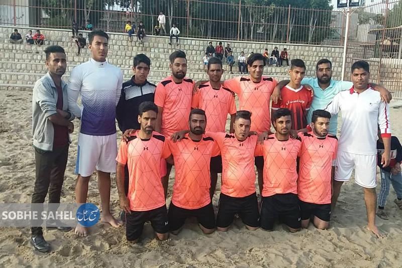 طوفان طاهروئیه و دریادلان فینالیست لیگ برتر فوتبال ساحلی شدند