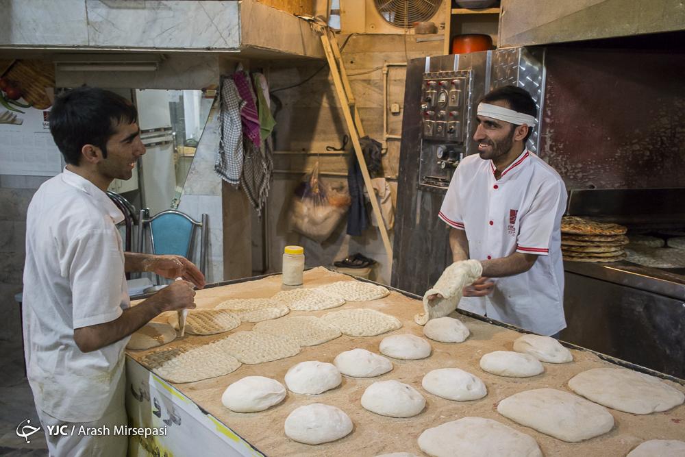 واردات گندم، نان را گران می کند! / اعتراض ها به نرخ خرید تضمینی گندم