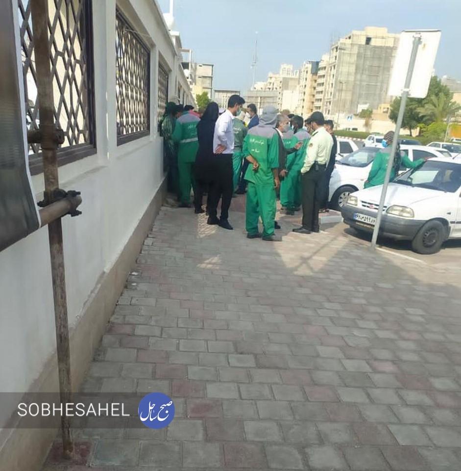 اعتراض مجدد کارگران فضای سبز بندرعباس، مقابل استانداری